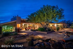 710 W Bangalor Drive, Oro Valley, AZ 85737