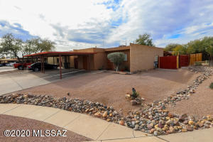 1610 W Calle Del Rey, Tucson, AZ 85713