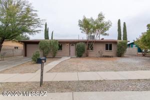 8581 E Desert Spring Street, Tucson, AZ 85730