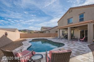 8958 W Twin Springs Drive, Marana, AZ 85653