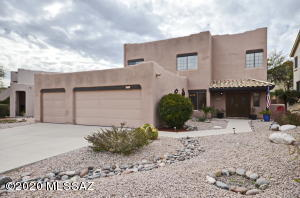 12821 N Bandanna Way, Oro Valley, AZ 85755