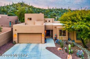 Your Saguaro Studded Retreat