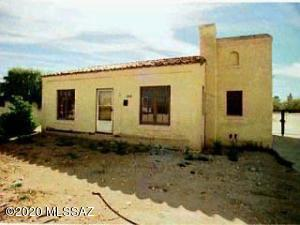 1560 E Grant Road, Tucson, AZ 85719