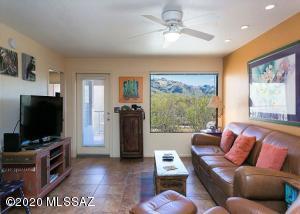 5800 N Kolb Road, Tucson, AZ 85750