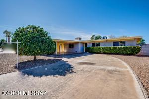 1802 S Sleepy Hollow Avenue, Tucson, AZ 85710