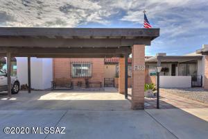 351 W Camino Del Sonador, Green Valley, AZ 85614