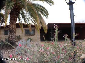 1848 S Regina Cleri Drive, Tucson, AZ 85710