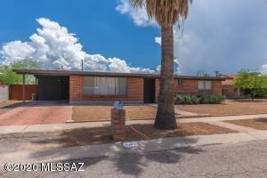 2301 S Calle Yucatan, Tucson, AZ 85710