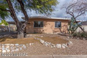 7601 E Mary Drive, Tucson, AZ 85730