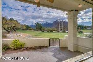9932 N Calle Loma Linda, Tucson, AZ 85737