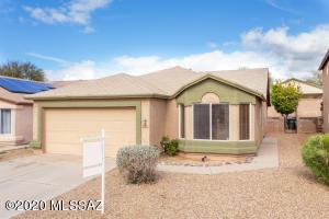 9155 E Rainsage Street, Tucson, AZ 85747