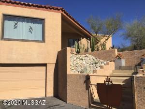 3820 N Calle Agua Verde, Tucson, AZ 85750
