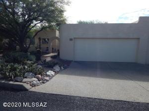 5710 E Camino Del Tronido, Tucson, AZ 85750