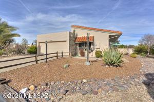 870 W Camino Iturbide, Green Valley, AZ 85622