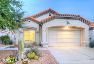 WELCOME TO 14280 N TRADE WINDS WAY IN SUN CITY ORO VALLEY!