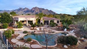 1050 W Saddlehorn Drive, Oro Valley, AZ 85704