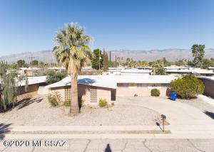9009 E Kirkpatrick Circle, Tucson, AZ 85710