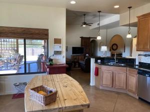 5430 N Desert Saguaro Court, Tucson, AZ 85745