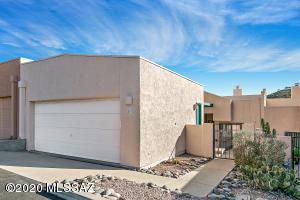 4992 N Valle Road, Tucson, AZ 85750