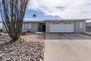 9280 E Holmes Street, Tucson, AZ 85710