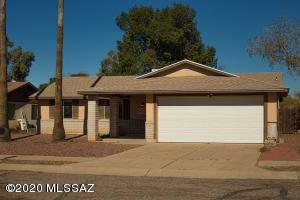 4530 W Lynn Circle, Tucson, AZ 85741
