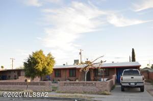 249 W Santa Paula Street, Tucson, AZ 85706