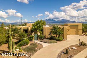 951 S Camino Del Portillo, Green Valley, AZ 85614
