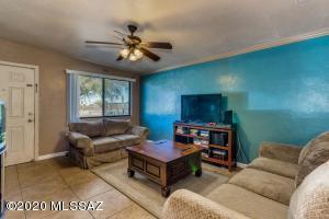 5449 S Bryant Avenue, Tucson, AZ 85706