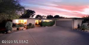 5052 E Mission Hill Drive, Tucson, AZ 85718