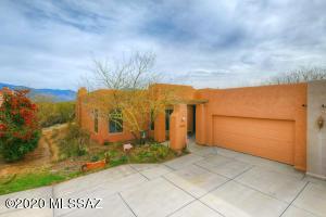 13817 E Langtry Lane, Tucson, AZ 85747