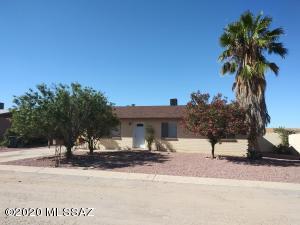 6700 S Draper Road, Tucson, AZ 85757