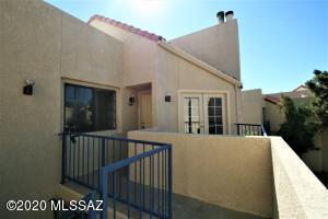 1200 E River Road, J-129, Tucson, AZ 85718