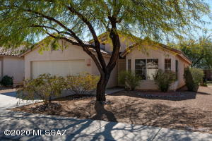 2581 W Saguaro Bluffs Drive, Tucson, AZ 85742
