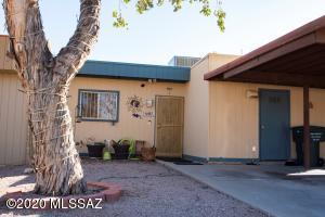 1697 W Calle Del Rey, Tucson, AZ 85713