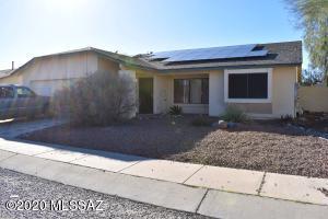 9717 N Sherbrooke Street, Tucson, AZ 85742
