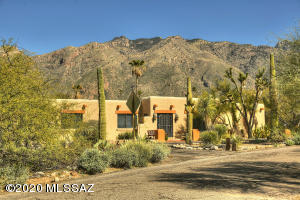 5981 N Camino Del Mar, Tucson, AZ 85718