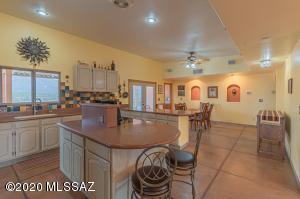 7401 S Rincon Mountain View Drive, Vail, AZ 85641