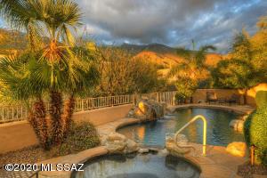 6025 E Fangio Place, Tucson, AZ 85750
