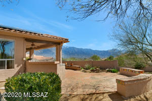 62063 E Desert View Place, Tucson, AZ 85739