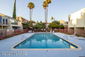 1600 N Wilmot Road, 419, Tucson, AZ 85712