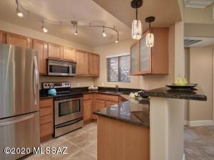 5751 N Kolb Road, 26103, Tucson, AZ 85750