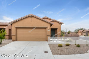 619 N Tunitcha Drive, Green Valley, AZ 85614