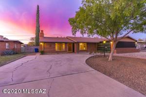 6365 E Calle Dened, Tucson, AZ 85710