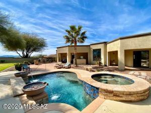 9448 E Barrel Springs Place, Vail, AZ 85641