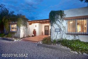 5810 N Vista Valverde, Tucson, AZ 85718