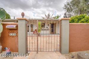188 E El Membrillo, Green Valley, AZ 85614