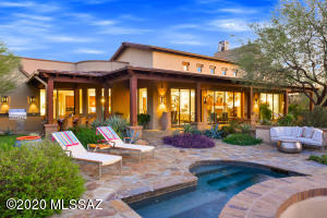 Quintessential AZ lifestyle with Ritz-Carlton amenities! What could be better?