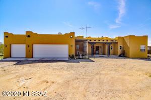12252 W Calle Madero, Tucson, AZ 85743