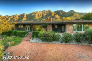 6620 N St Andrews Drive, Tucson, AZ 85718