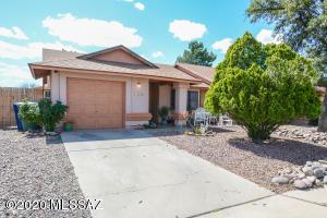 5352 S Carriage Hills Drive, Tucson, AZ 85746